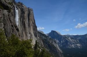 Auf dem Weg zum oberen Ende der Yosemite Falls